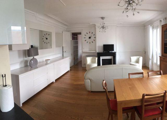 Location Appartement Meubl Paris   Foncia